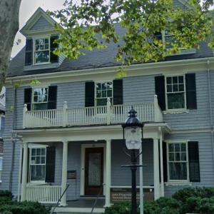 35th President of the USA - John F. Kennedy's birthplace (StreetView)
