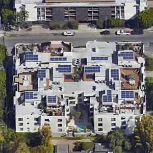 Mila Kunis' Home (Former) (Google Maps)