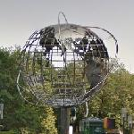 Large Public Sculpture (StreetView)