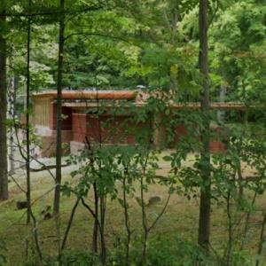 'Goetsch-Winckler House' by Frank Lloyd Wright (StreetView)