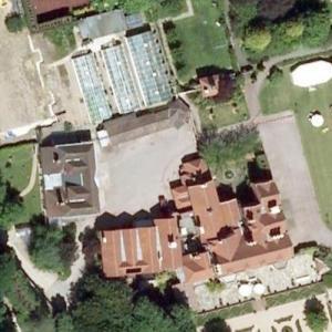 Mohamed Al-Fayed's House (Google Maps)