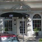 Alexander Hotel (StreetView)