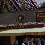 Pilier Est - La Tour Eiffel (StreetView)