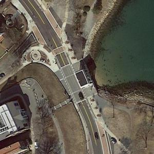 Plymouth Rock (Google Maps)