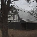 See Rock City Barn (StreetView)