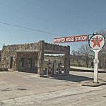 Petrified Wood Gas Station (StreetView)