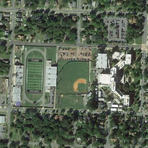 Little Rock Central High School (Google Maps)