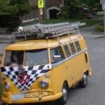 Volkswagen bus (StreetView)