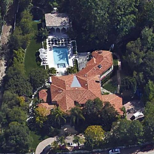the kardashian jenner house in hidden hills ca google maps On kardashian house calabasas map