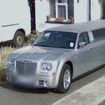Chrysler C300 stretch limo (StreetView)