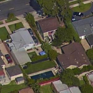 Nick Searcy's House(s) (Google Maps)