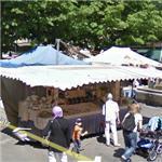 Street market (StreetView)