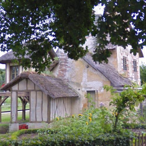 Hameau de la reine - Marie Antoinette's playhouse (StreetView)