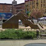 'Harlem Hybrid' by Richard Hunt (StreetView)