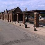 La Grange Amtrak Station (StreetView)