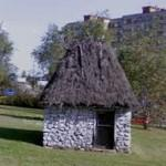 An old house in a roundabout (StreetView)