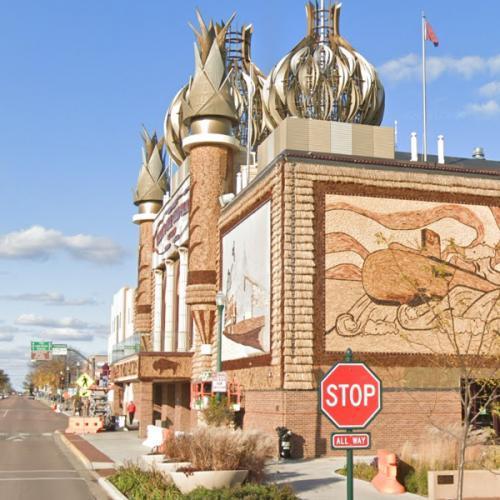 Corn Palace (StreetView)