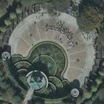 Tokiwa Park Fountain (Google Maps)