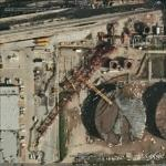 Crane collapse at oil refinery kills 4 (Google Maps)